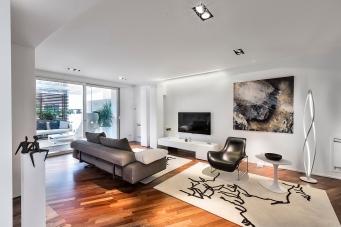 Un progetto di ristrutturazione dell'Arch. Antonella Laruccia. Interpretare lo spazio interno necessita di una inquadratura significativa e di una buona postproduzione che riesca a rendere visivamente l'intenzione del progettista.