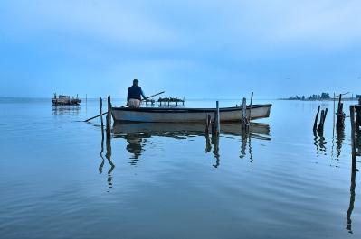 la Laguna di Lesina, un angolo di Puglia che sembra essere stato magicamente trasferito dal Nord Europa