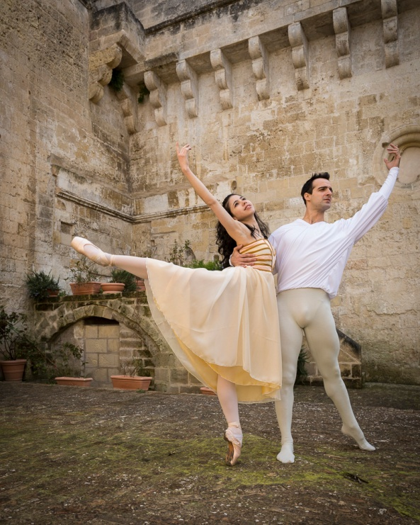 la documentazione di un evento per #matera 2019: i ballerini Venus Villa e Rolando Sarabia a Matera durante le prove per Romeo e Giulietta.