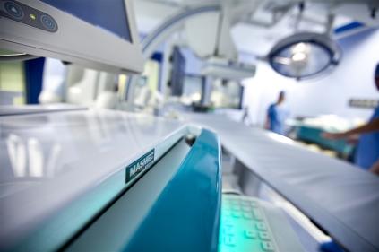 SIRIO è un sistema di guida virtuale intra-operatoria che fornisce un ausilio fondamentale in procedure di radiologia interventistica percutanea, per il raggiungimento di noduli target di piccole dimensioni anche profondi.